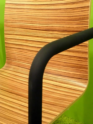 Besucherstuhl - Holzschalenstuhl