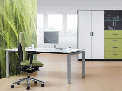 Büromöbel mit Schrankwand Bürotisch und Bürostuhl
