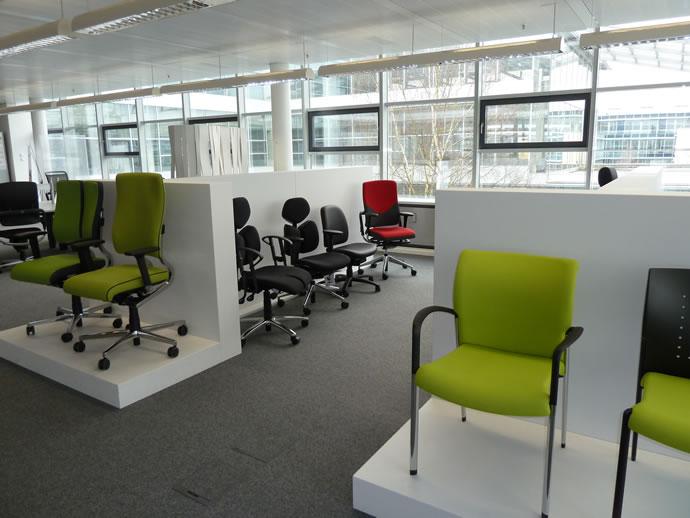 Die große Auswahl an Bürostuhl Serien und Besucherstühlen