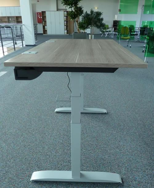 Xio elektrisch höhenverstellbarer Bürotisch