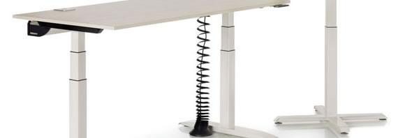 Erleben Sie den pneumtatisch höhenverstellbaren Bürotisch der sich mit Leichtigkeit und ohne Strom verstellen läßt.
