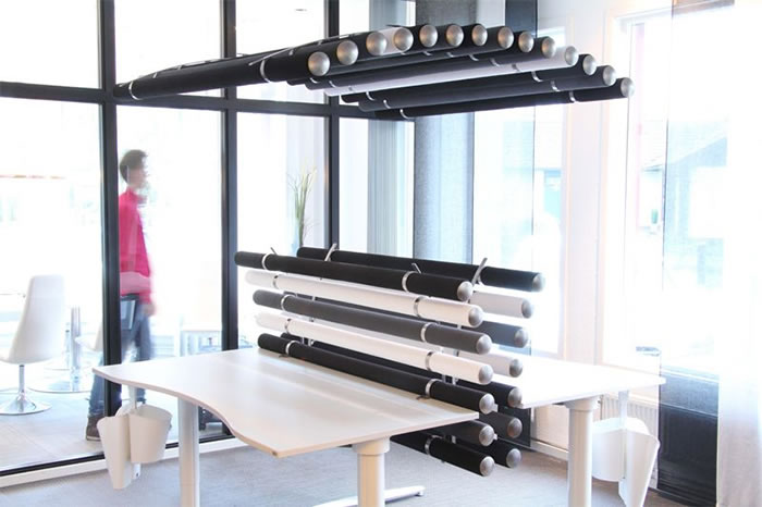 Akustik Elemente Decke mit Licht Schreibtisch